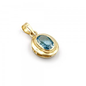 Pendant with zircon